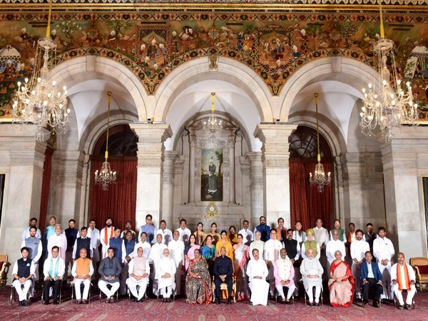 President Ram Nath Kovind with the Council of Ministers (File photo/ANI)
