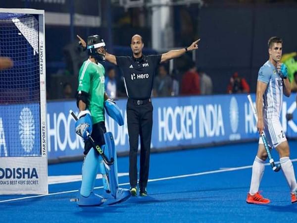 Umpire Javed Shaikh (Photo: Hockey India)