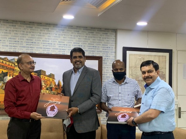 National Mission for Clean Ganga Director General Rajiv Ranjan Mishra recieves donation for clean ganga project