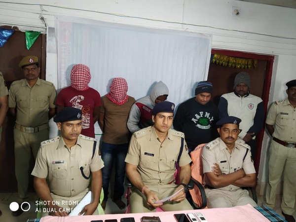 Odisha police with arrested accused in connection with RTI activist Abhimanyu Panda's murder on Sunday. Photo/ANI