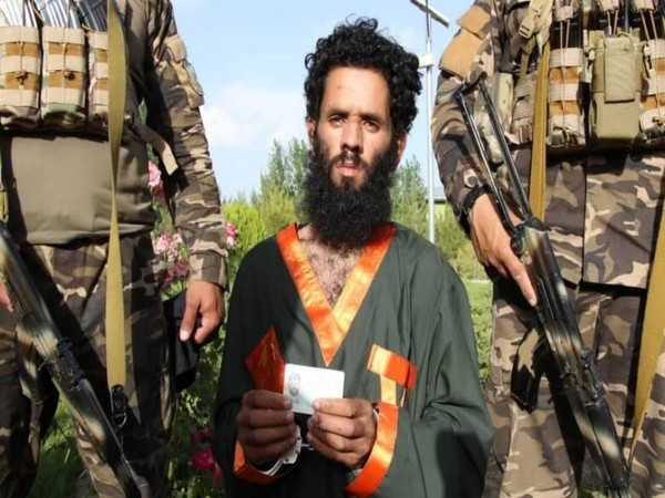 The Pakistani army officer was arrested by the National Directorate of Security (NDS) in Dand Patan district (Picture/Aswaka News)