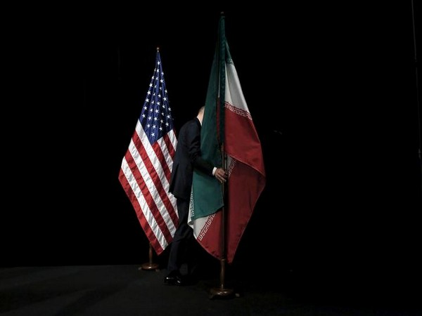 US and Iran flags