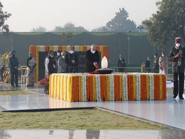 Union Home Minister Amit Shah on Friday paid floral tribute to former PM Atal Bihari Vajpayee on his 96th birth anniversary. (Pic credit: PIB)