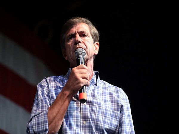 Former Democratic Congressman and retired Navy Admiral Joe Sestak (File photo)