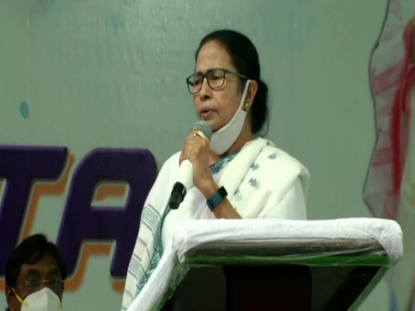 West Bengal Chief Minister, TMC supremo Mamata Banerjee addressing public rally in Bhabanipur on Wednesday. [Photo/ANI]