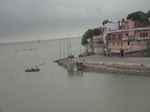The water levels of Ganga and Yamuna have risen in Prayagraj. Photo/ANI