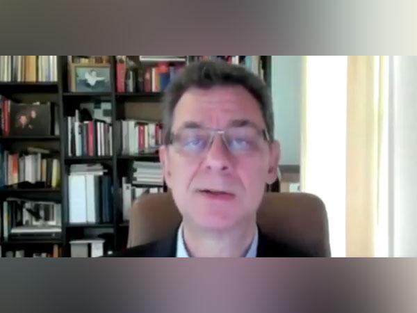 Chairman and CEO, Pfizer Albert Bourla (Twitter)