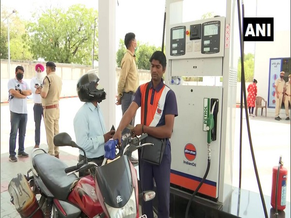 Visuals from fuel pump in Jaipur