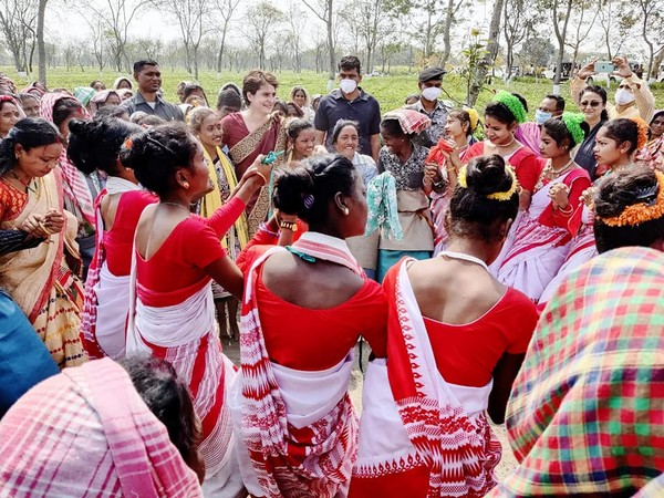 Congress leader Priyanka Gandhi with the people of Assam (Pic Credit: Priyanka Gandhi Facebook)