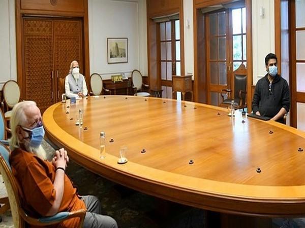 R Madhavan, Nambi Narayanan and Prime Minister Narendra Modi (Image Source: Instagram)