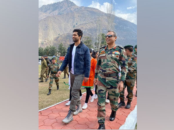 Bollywood actor Vicky Kaushal at Uri Base Camp (Image Source: Instagram)