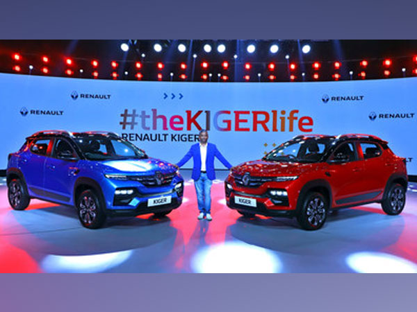 Venkatram Mamillapalle, Country CEO & Managing Director, Renault India Operations unveiling the Renault KIGER at the Global Reveal in New Delhi.