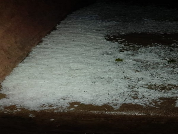 A view after hailstorm in Uttar Pradesh's Renukoot on Sunday. Photo/ANI