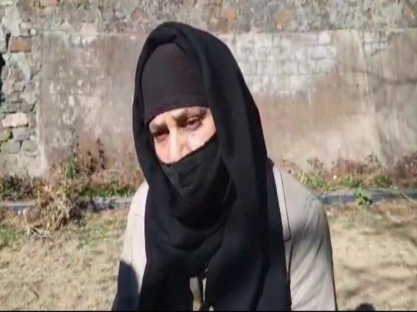 Triple Talaq victim Shagufta Khan talks to ANI