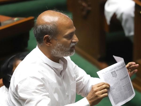 JDS leader Sa Ra Mahesh (File photo)