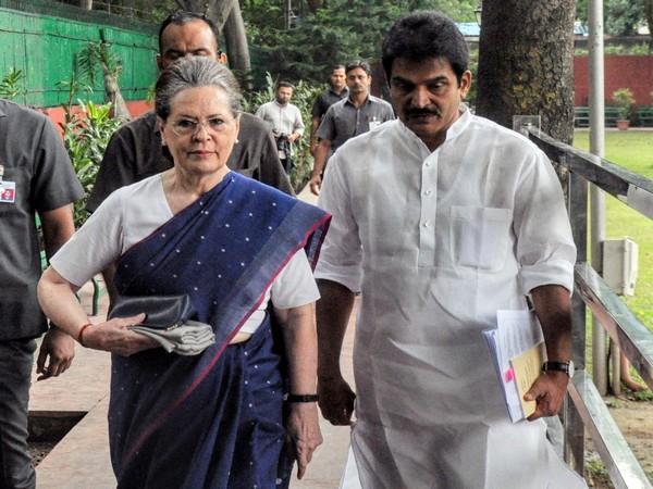 Congress interim president Sonia Gandhi with leader KC Venugopal at party headquarters in New Delhi. (File photo)