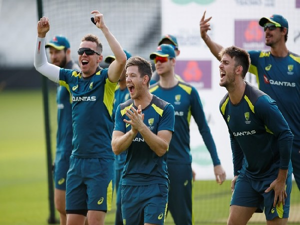 Tim Paine with Australian squad