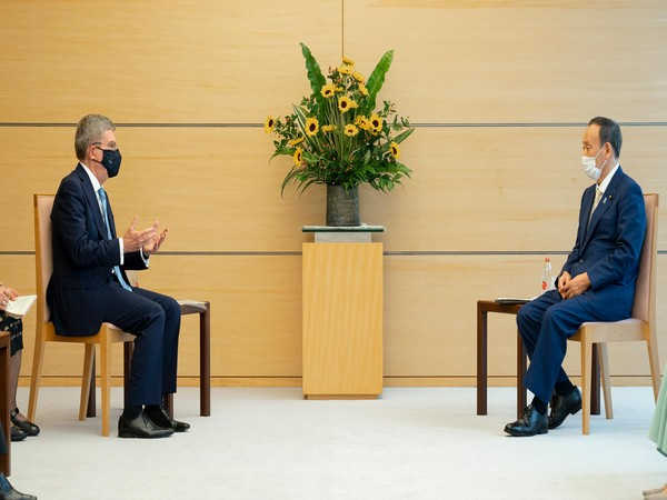 International Olympic Committee (IOC) President Thomas Bach and Japan Prime Minister Suga (Photo: IOC)