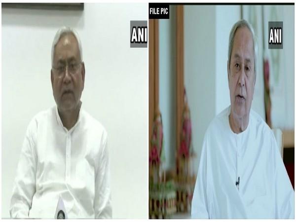 Bihar Chief Minister Nitish Kumar (L) Odisha CM Naveen Patnaik