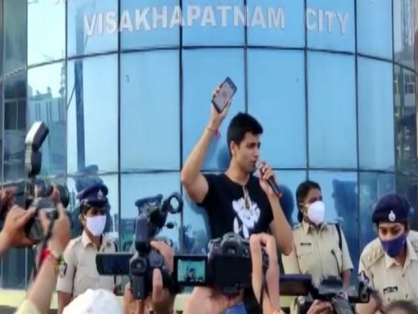 Tollywood actor Adivi Sesh addressing during an awareness program in Visakhapatnam. [Photo/ANI]