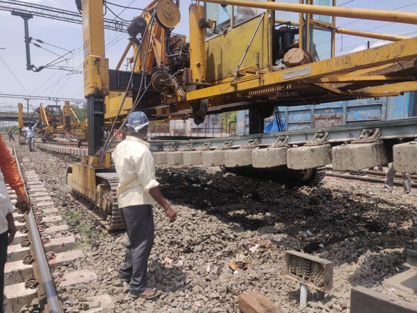 Maintenance work of tracks ongoing by the South Central Railways (Photo/ANI)