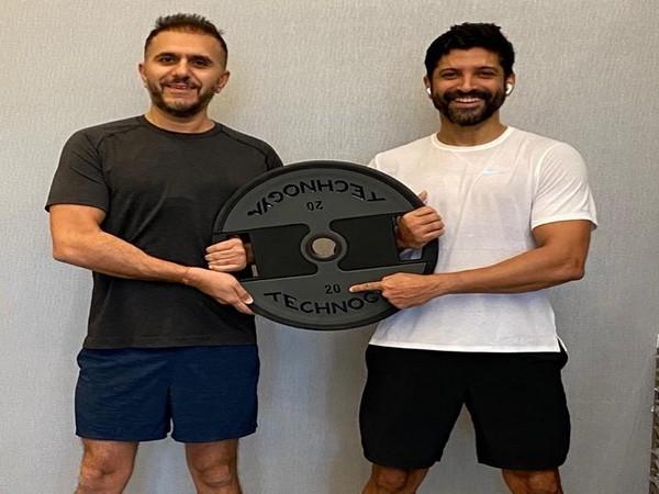 Farhan Akhtar and Ritesh Sidhwani (Image source: Instagram)