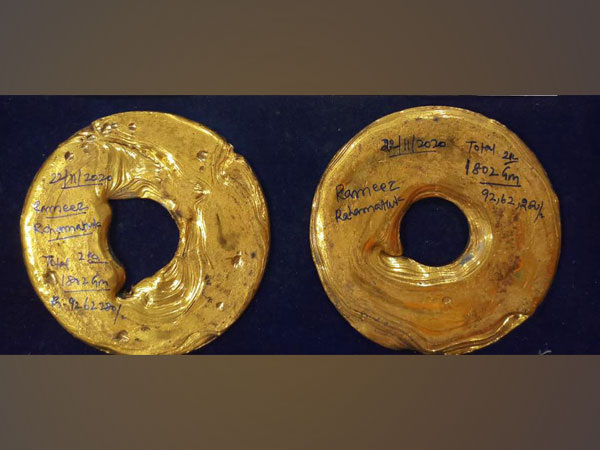 Visual of the sezied gold rolls (Photo/ANI)