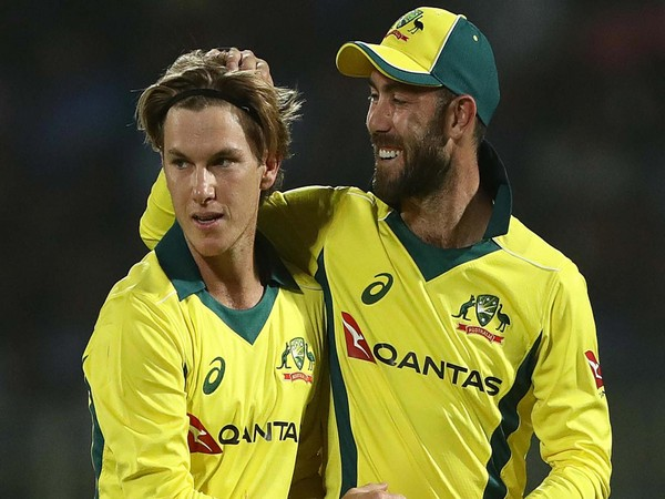 Adam Zampa (L) with Glenn Maxwell (R) (Photo/cricket.com.au)