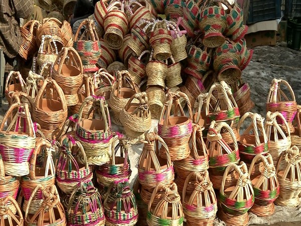 Kangris: The traditional, portable fire-pots that keeps Kashmir residents warm in winters. (Photo/ANI)