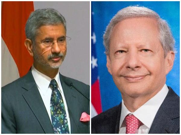 External Affairs Minister Subrahmanyam Jaishankar (L) and the US Ambassador to India Kenneth Juster (R)