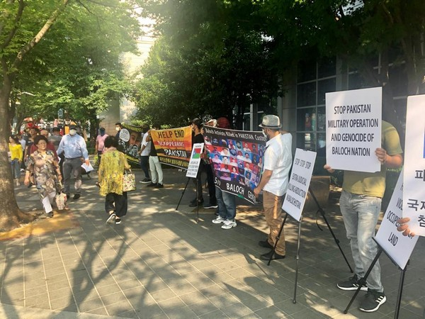 The protestors shouted slogans against Pakistan Army and spy agency the ISI for abductions, torture, and killings of Baloch political activists and intellectuals. (Photo/ANI)