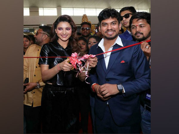 Milind Pote's Gamex Game Zone inaugurated by actress Urvashi Rautela