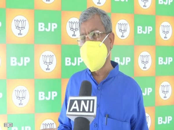 Former Jharkhand Chief Minister and BJP leader Babulal Marandi speaking to ANI in Ranchi on Friday. [Photo/ANI]