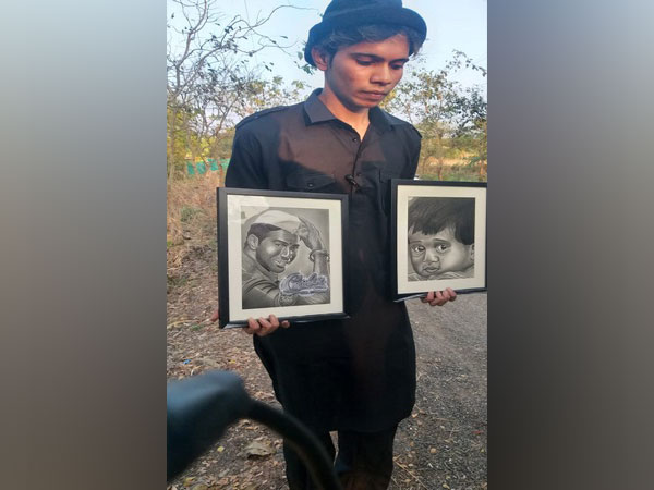 Varun Dhawan's fan with his handmade sketches
