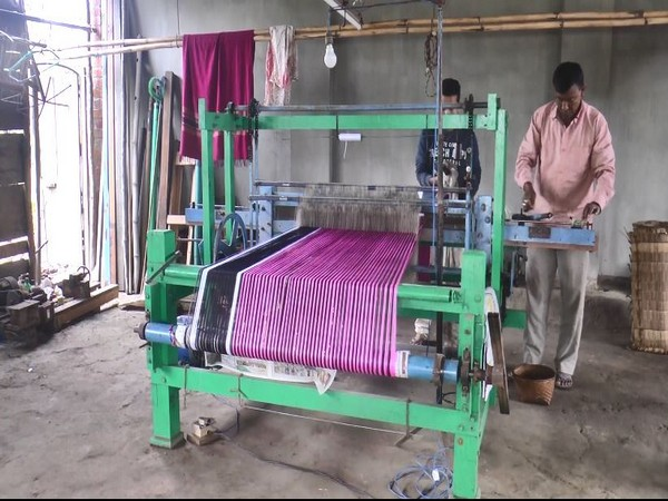 Manipuri man brings new invention in the world of handloom industry