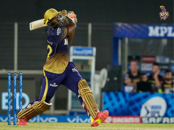 Andre Russell in action against DC. (photo/ KKR twitter)
