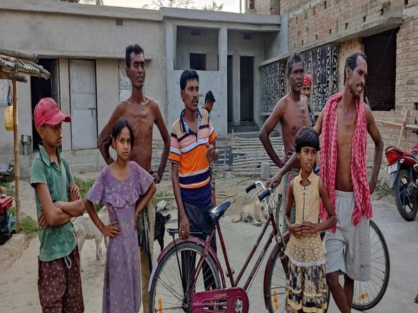 Residents of New Shikarpur. (Photo/ANI)