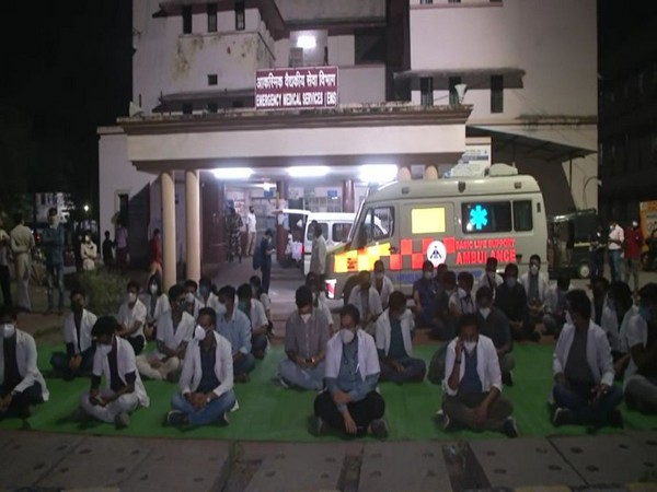 Resident doctors protest in Nagpur on Sunday night. [Photo/ANI]