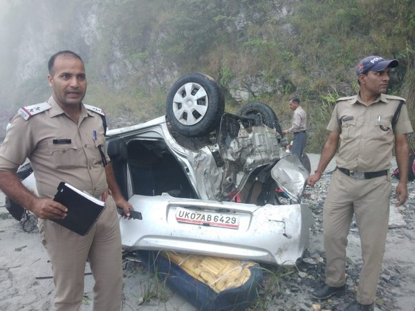 Police personnel at the accident spot (Photo/ANI)