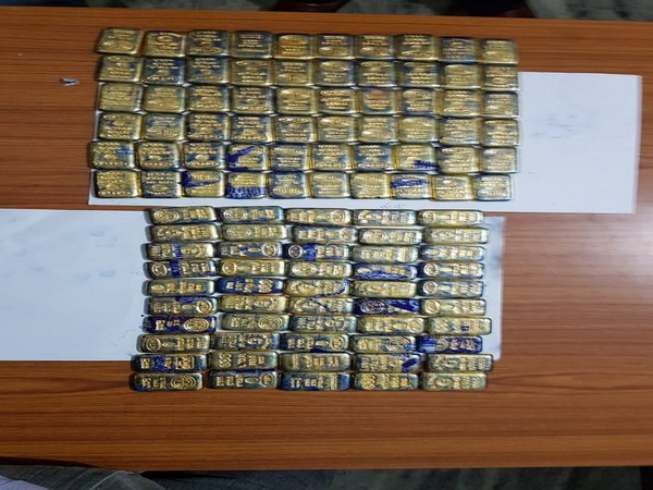 Smuggled foreign gold weighing 13 kg were recovered from the accused at Jharsuguda railway station on Thursday. Photo/ANI