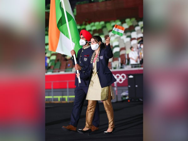 Manpreet Singh and Mary Kom (Image: #Tokyo2020 for India)