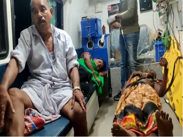 Six people injured in a road accident in Nellore district.