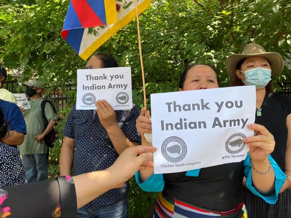 The Regional Tibetan Youth Congress also held similar protests in the US' New York and New Jersey.
