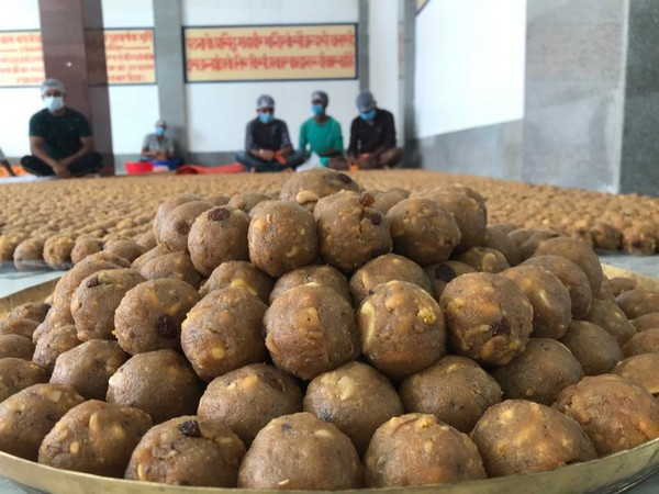 Patna's Mahavir Mandir Trust will distribute 'Raghupati Laddoos' on the occasion of bhoomi pujan in Ayodhya on August 5. (Photo/ANI)