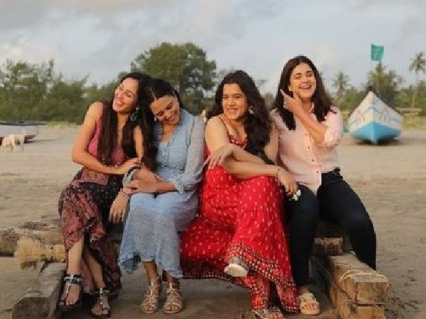 Pooja Chopra, Swara Bhasker, Shikha Talsania, Meher Vij (L to R) (Image source: Instagram)