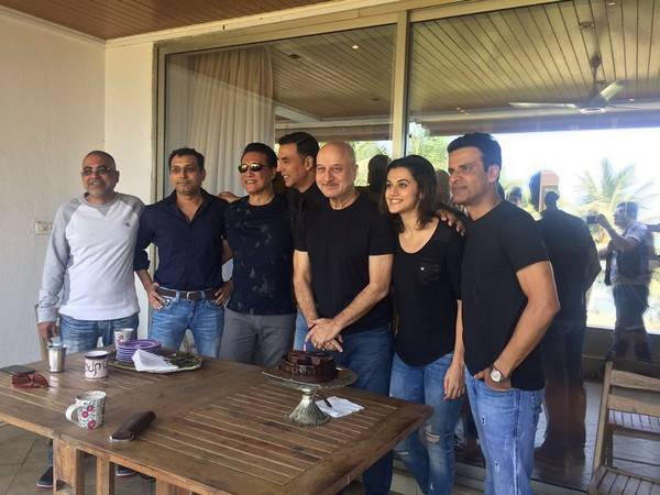 Taapsee Pannu with Naam Shabana cast (Image courtesy: Instagram)