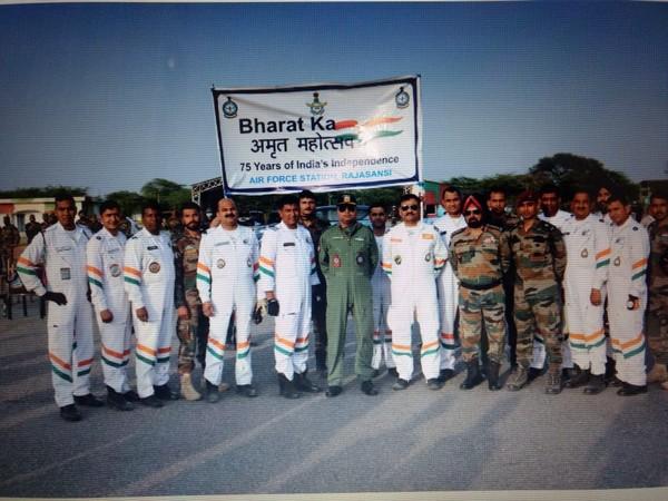 "Team of Air Force-Army celebrates ""Azadi Ka Amrut Mahotsav"""
