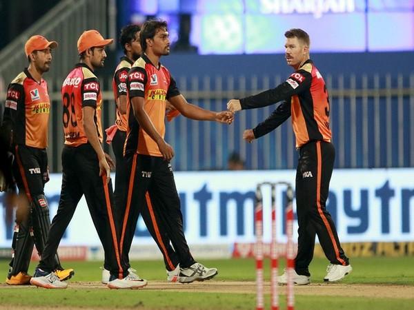 SunRisers Hyderabad in action against Mumbai Indians (Photo/ iplt20.com)