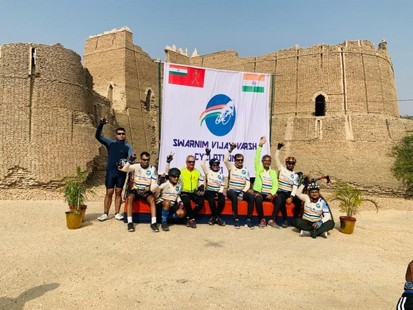Participants of the Cyclothon in Ahmedabad.