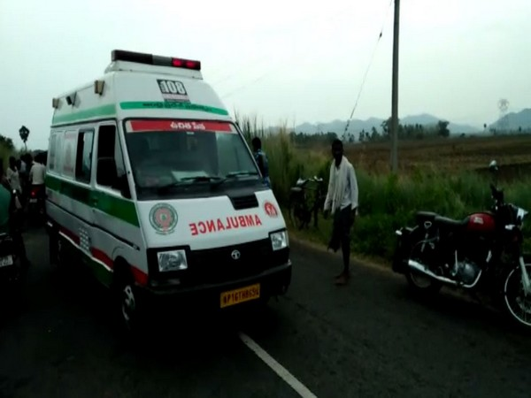 Injured persons being rushed to hospital (Photo/ANI)